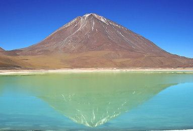 laguna verde 12 Most Magnificent Lakes in the World