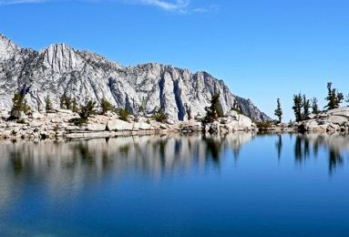 lone pine lake 12 Most Magnificent Lakes in the World